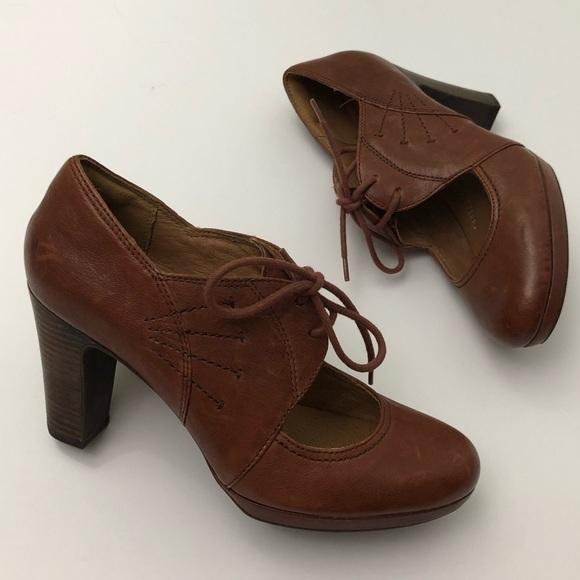 da93e6c3 Clarks Artisan Oxford High Heels Booties Leather
